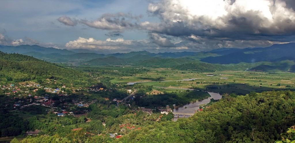 Kok River valley at Tha Ton