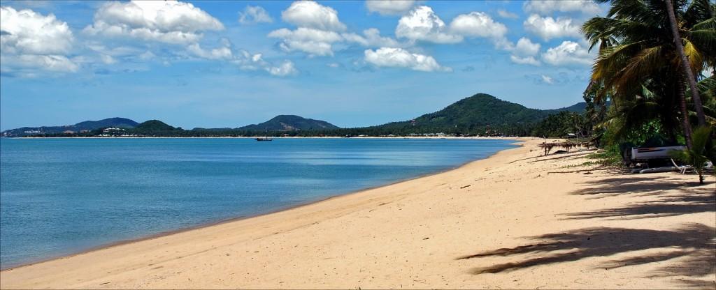 Samui's Mae Nam Beach in high season! Not that spoilt really!