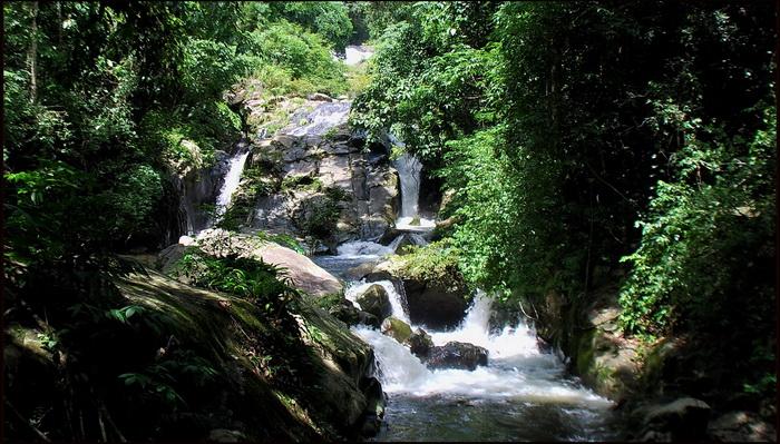 Soi Dao waterfall