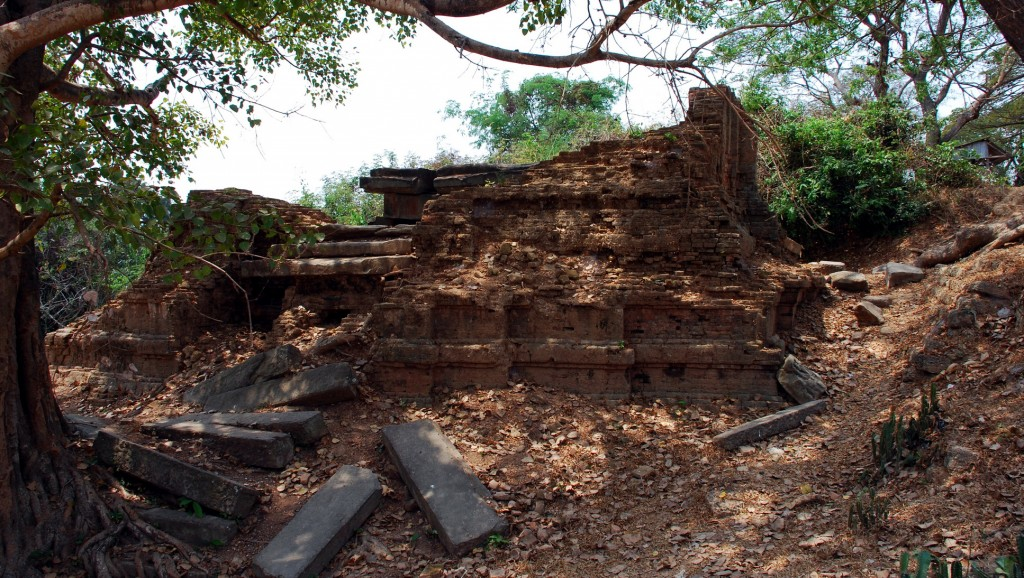Ak Yum Temple - pile of old bricks or fascinating historical site?
