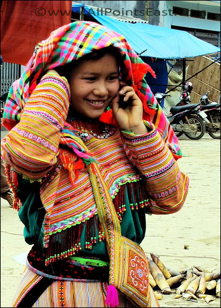 Flower Hmong girl, Bac Ha