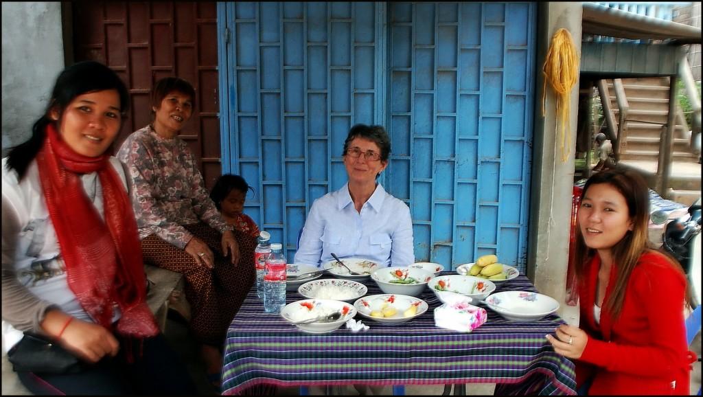 Lunch on Koh Dach