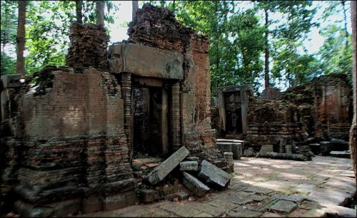 Beginner's guide to kings of Angkor - Jayarvarman III