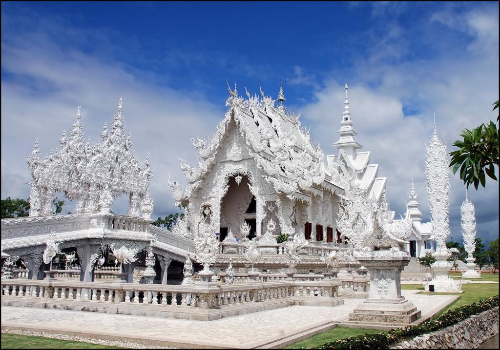 Wat Ron Khun, Chiang Rai