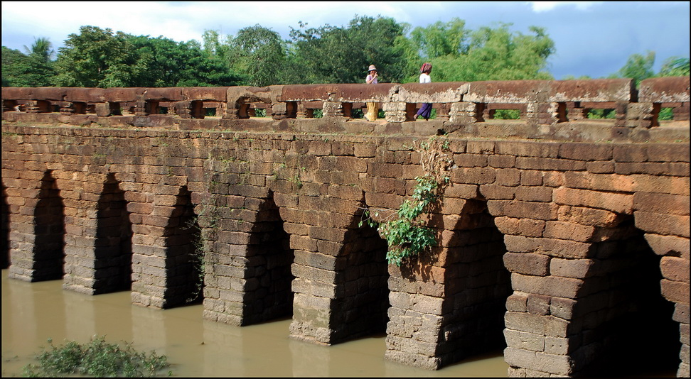 13th c. bridge at Kompong Kdei