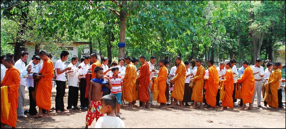 Merit making ceremony at Kuhananokor