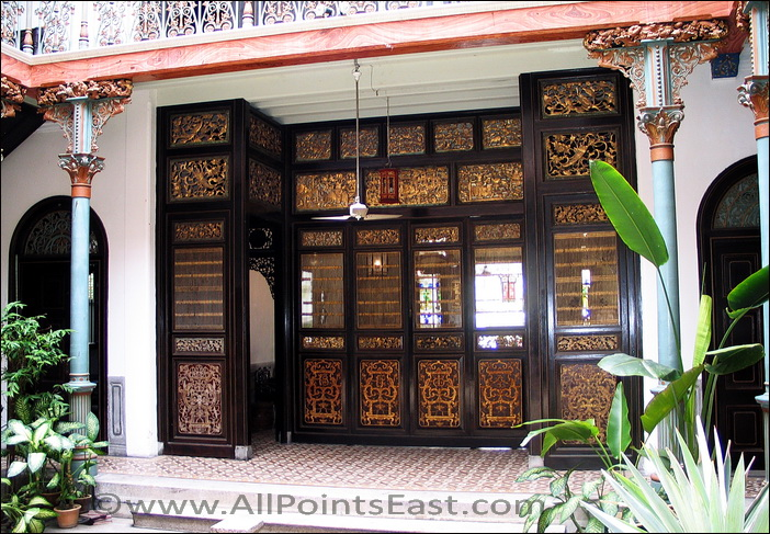 Entrance to Cheong Fatt Tze mansion