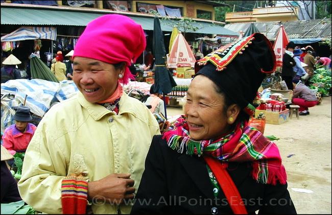 Black Tai, Son La Market