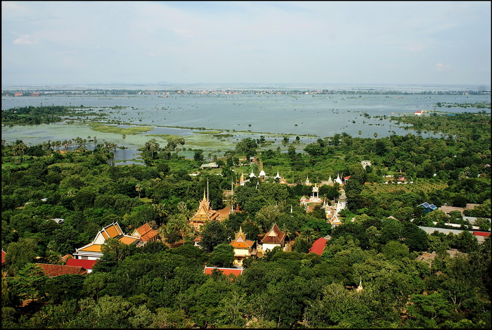 Tonle Sap floodplain to the east of Udong