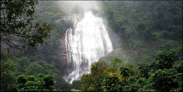 Thai National Parks. Inthanon, Siriphum Waterfall