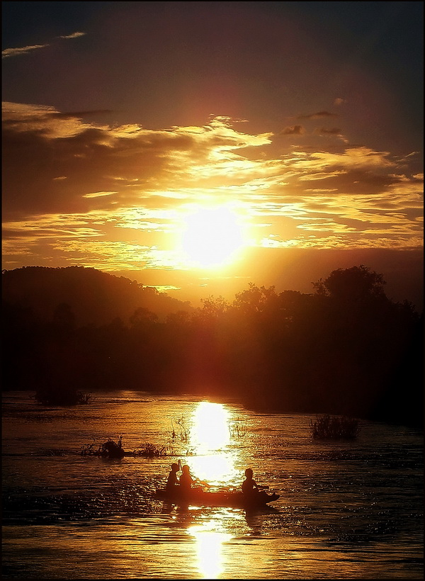 The Emerald Triangle. Sunset over the Mekong