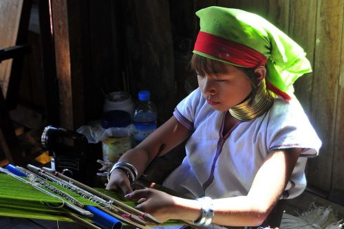 The Padaung, Kayah or 'long-kneck Karen', and why we visit them in Burma but not Thailand