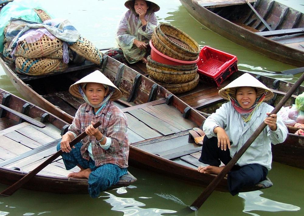 Mekong Delta, boat women