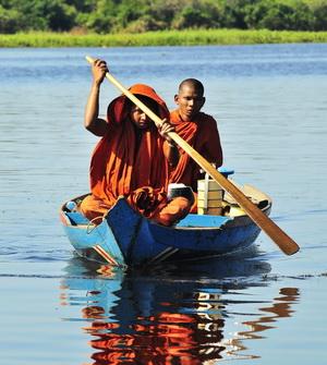 Monks on the Sangkar River