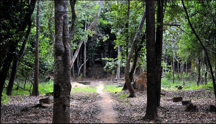 North entrance to Prasart Chrei