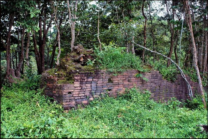 Kulen, unidentified ruins