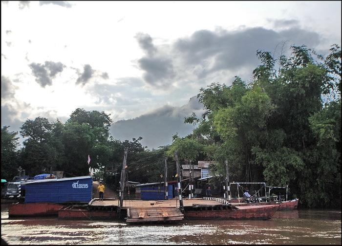 The 'port' at Champassak village