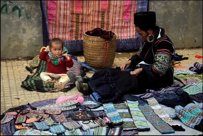 Sapa, Black Hmong vendor