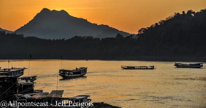 "Laos Photography tour, ""Images of Laos'"