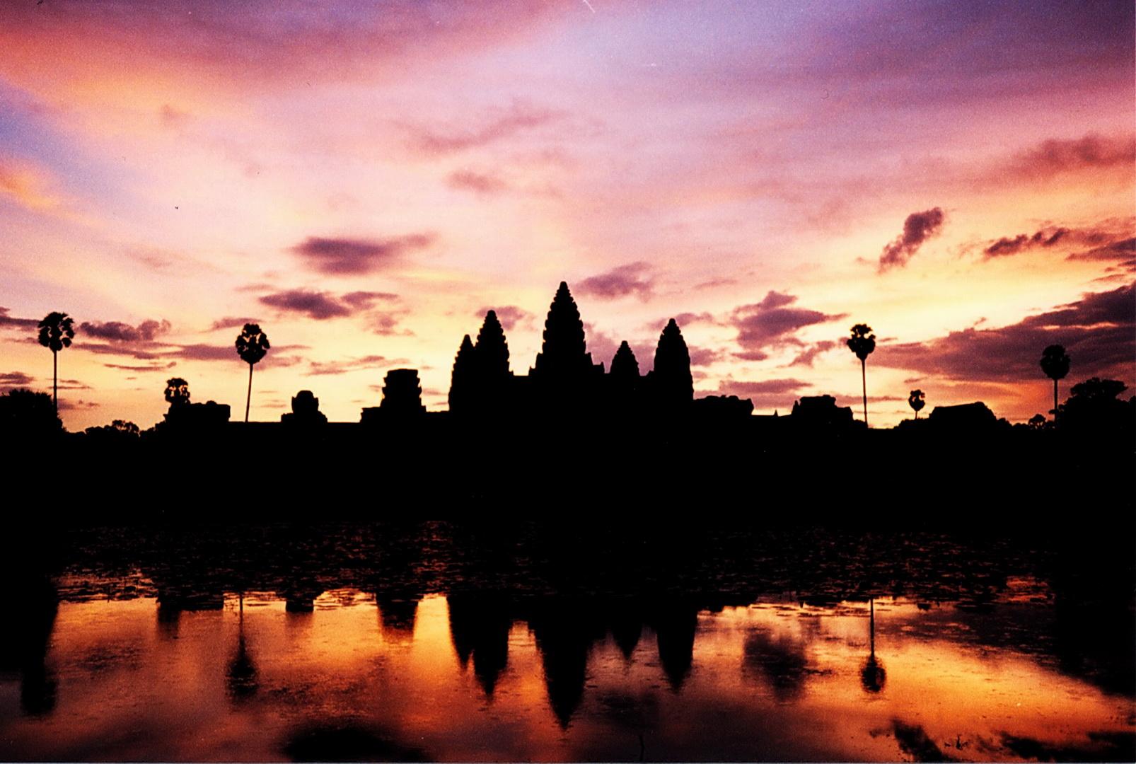 Cambodia, Angkor Wat dawn
