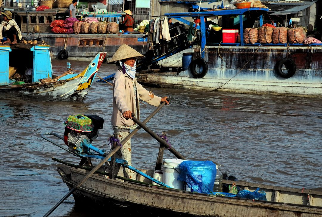 Vietnam, Can Tho floating market, from Saigon to Angkor