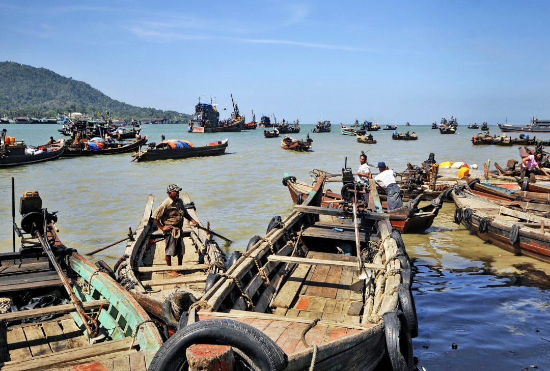 Burma, Myanmar, Myeik harbour