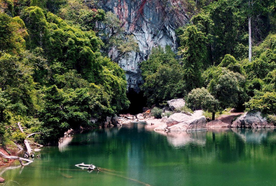 Laos, Konglor Cave