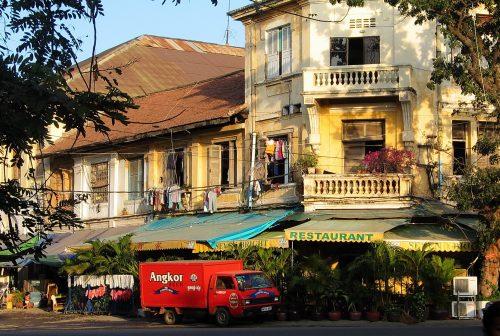 https://allpointseast.com/wp-content/uploads/2013/04/Phnom-Penh-01.06-500x336.jpg