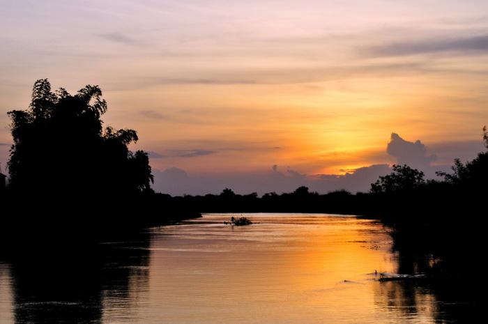 Sunset on the Sangkar