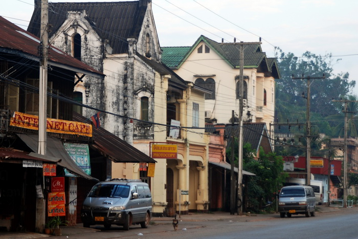Laos World Heritage. Plenty of lovely old French period buildings awaiting a brush up in Thakaek Town