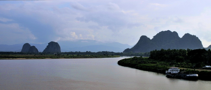 Hpa-An - off the beaten track Burma