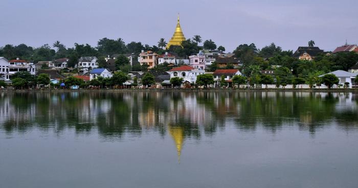 Kengtung - the lake and Wat Zom Kham