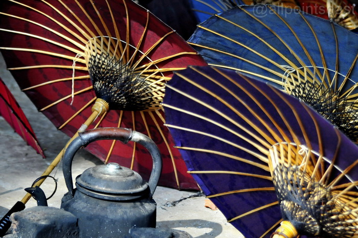Traditional parasol making