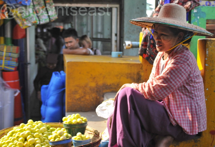 Another fruit vendor in the market