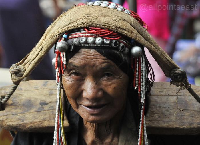 Akha woman, Kengtung Market