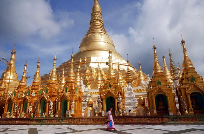 Shwedagon - the chedi