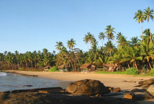 https://allpointseast.com/wp-content/uploads/2015/12/020-Tangalle-beach-_2-500x338.jpg