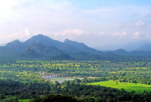 https://allpointseast.com/wp-content/uploads/2015/12/Sigiriya-view-from-top_2-500x338.jpg