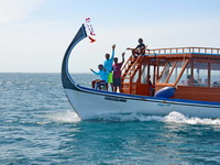Snorkelling trips in traditional style boats