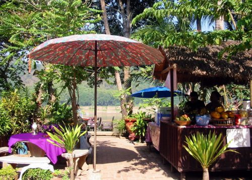 Luang Prabang, riverside cafe