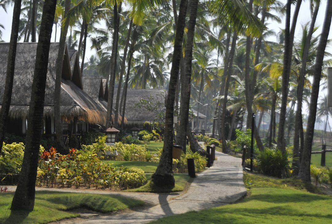 Burma, beachside chalets, Ngwe Saung