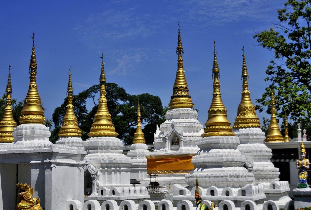 Thailand, Lampang stupas