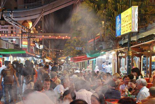 https://allpointseast.com/wp-content/uploads/2017/04/Chinatown-Kuala-Lumpur-500x338.jpg