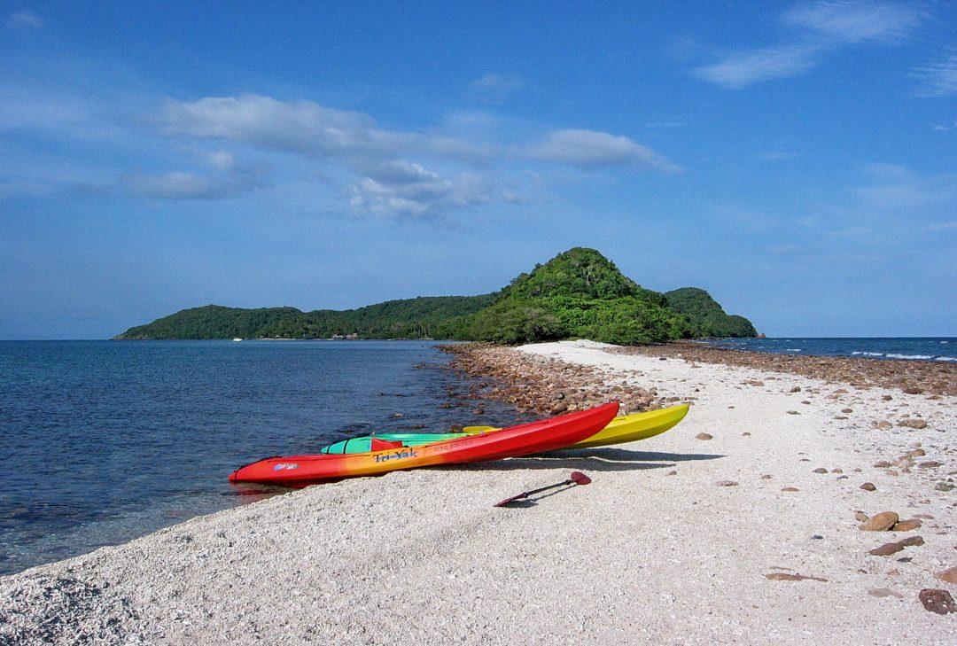 Thailand family tour, Koh Thalu kayaks