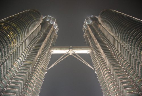 https://allpointseast.com/wp-content/uploads/2017/04/Petronas-towers-4-500x338.jpg
