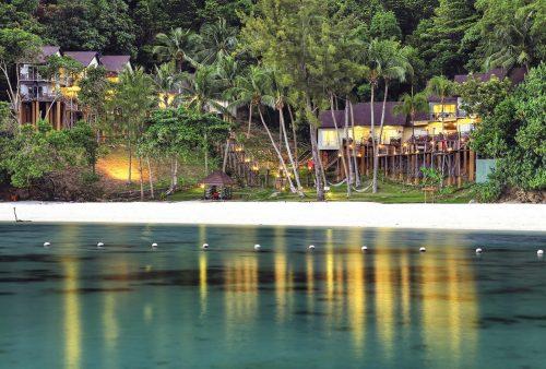 https://allpointseast.com/wp-content/uploads/2017/07/hillside-villa-Manukan-500x338.jpg