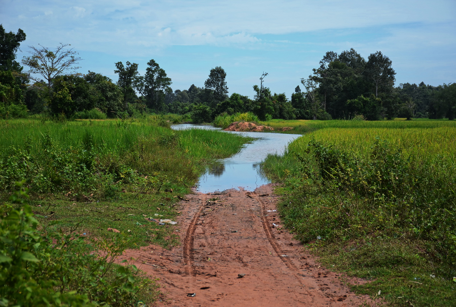 As far as the road goes - on route for Banteay Ampil