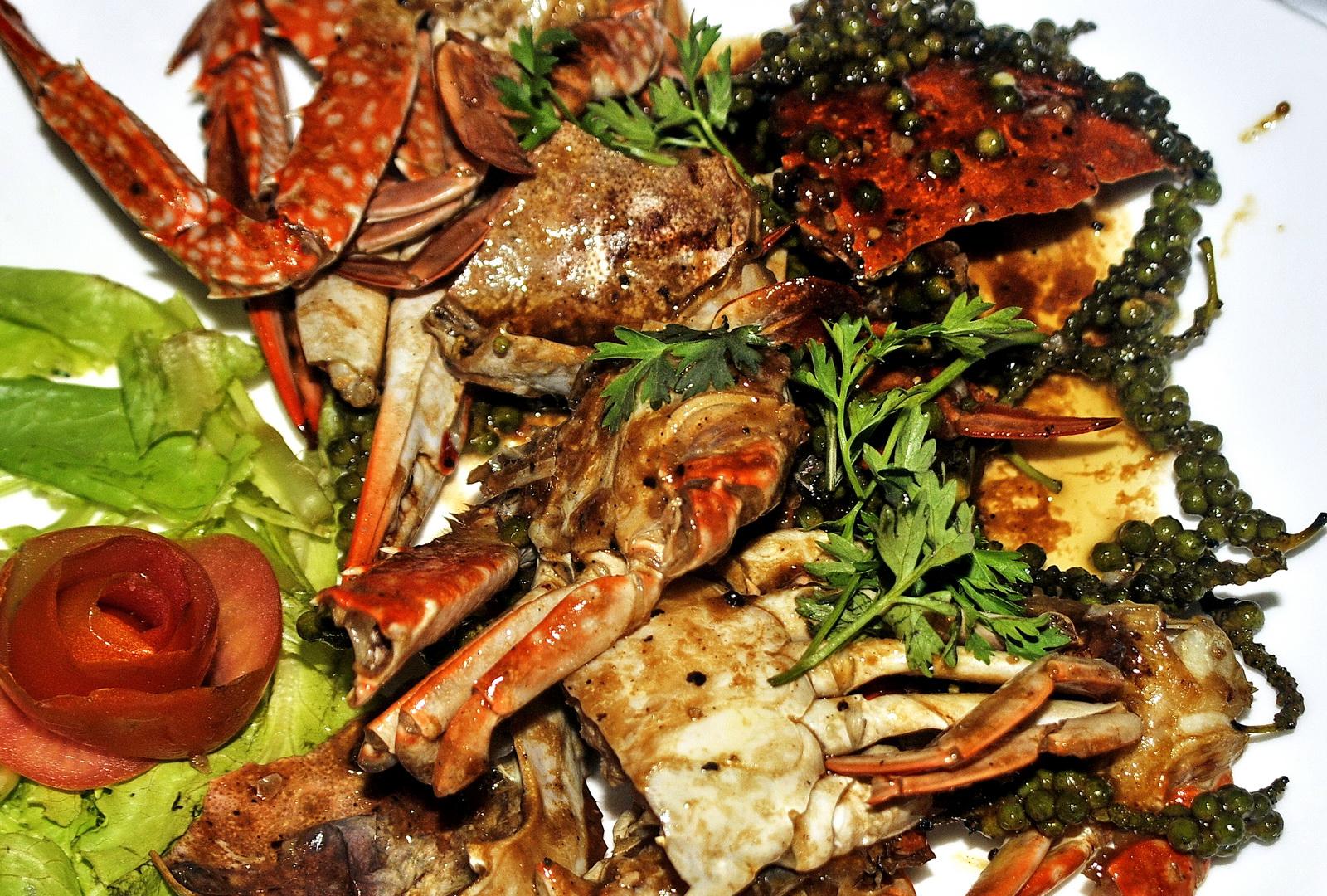 Cambodia, Kep crab in Kampot pepper sauce