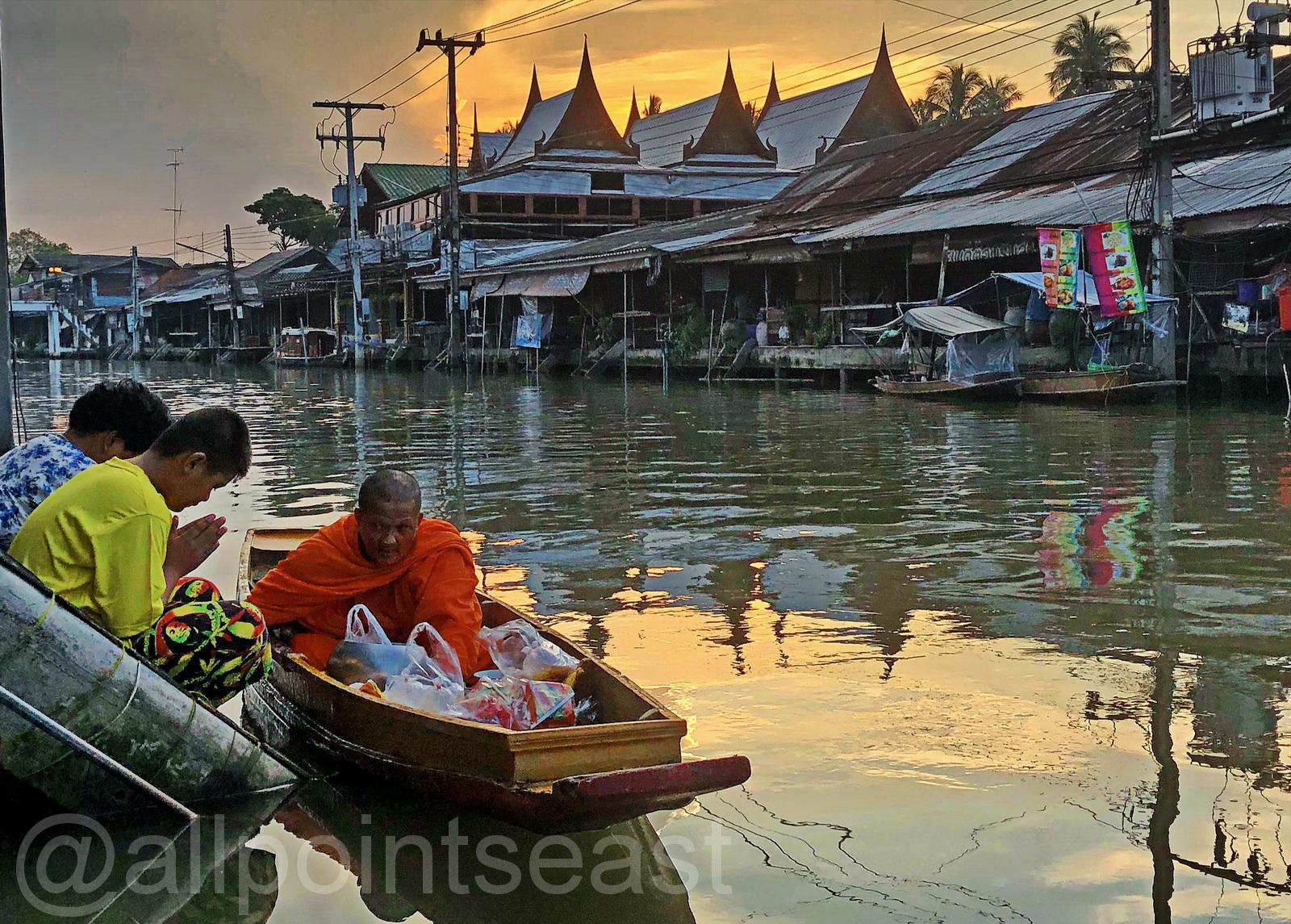 Thailand, Amphawa monk