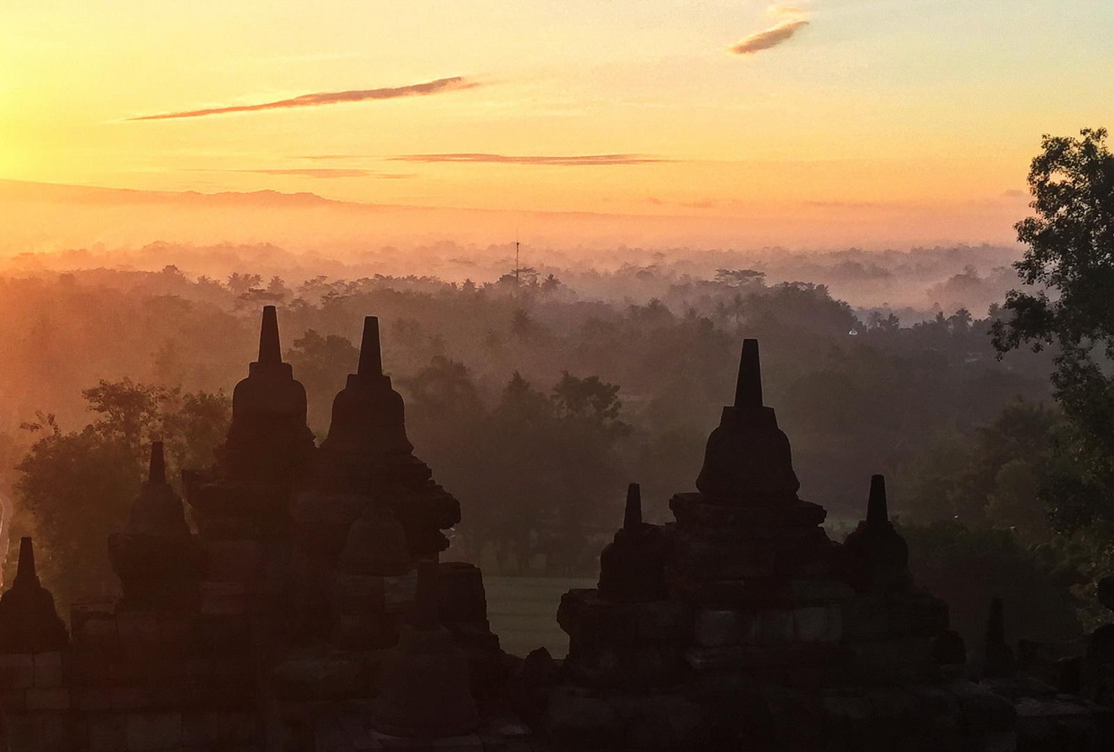Indonesia, Borobudur sunrise